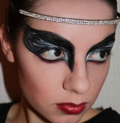Tutorial Make Up Black Swan