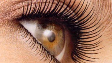 eyelashes mascara