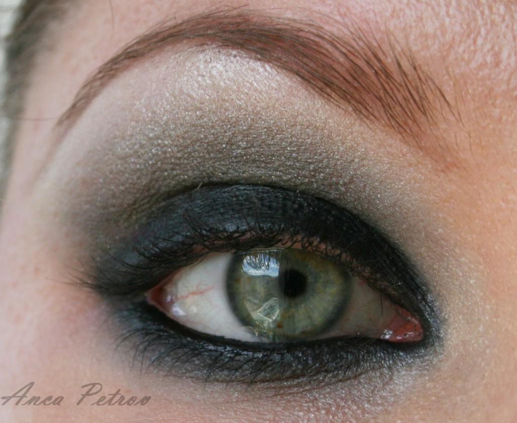 trucco smokey eyes nero