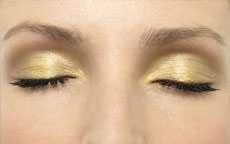 make up oro occhi verdi