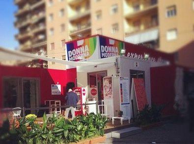 fonte: http://www.donnamoderna.com/attualita/experience-store/napoli