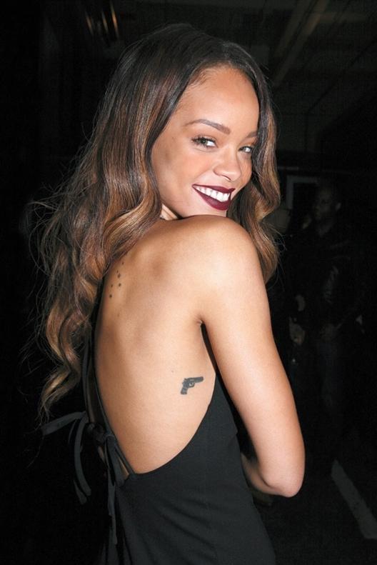 Rihanna Hearts Mac Collection 2