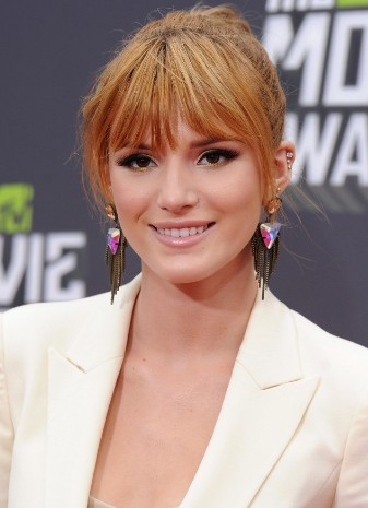 Bella-Thorne-at-the-MTV-Movie-Awards-2013-bella-thorne-34251586-337-465 (1)