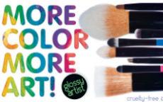 Neve Cosmetics: otto nuovissimi pennelli cruelty free!