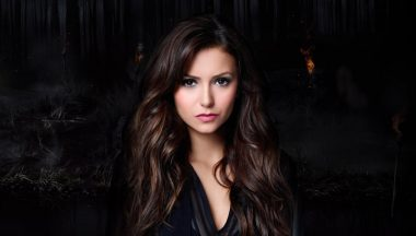 Nina Dobrev Make Up