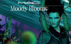 Mac Moody Blooms: colori intensi per una limited collection