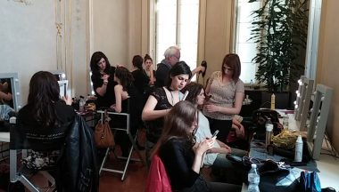 Backstage make up