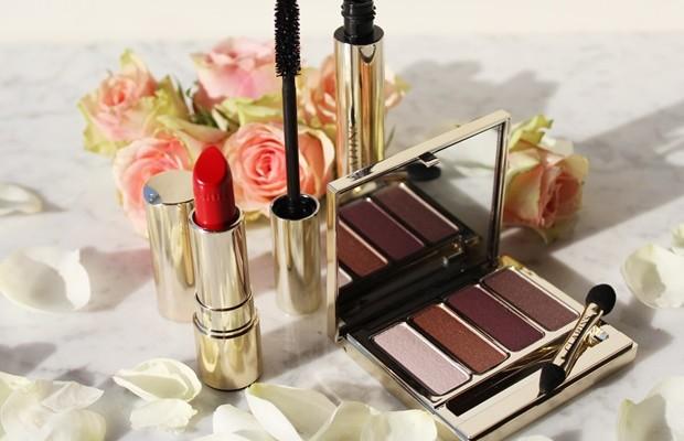 Questa la presentazione dei nuovi Rouge Rouge Shiseido, un'alchimia di colori femminili, dal finish lucido e brillante, studiati per enfatizzare la nostra naturale bellezza.  Come spiegato dal brand, la nuova collezione Rouge Rouge offre una ampia gamma di rossetti dal finish ricco e cremoso, appositamente creati per consentire ad ogni donna di trovare il proprio rossetto rosso del cuore.  ROSSETTI SHISEIDO ROUGE ROUGE  Caratterizzati da una formula idratante, regalano labbra morbide, voluminose e brillanti: scopriamoli con foto dal vivo, opinioni e swatches.