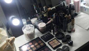 30 prodotti per l'igiene del kit professionale: come pulire i pennelli e disinfettare il make up