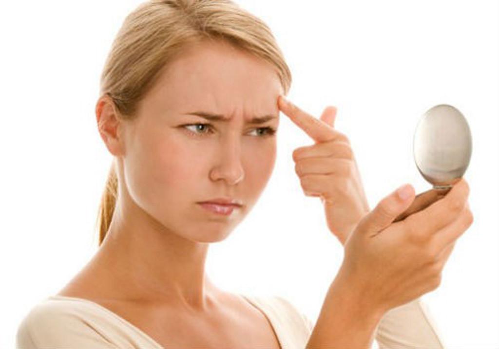 Pelli impure: come truccarle in inverno ed evitare l'effetto lucido